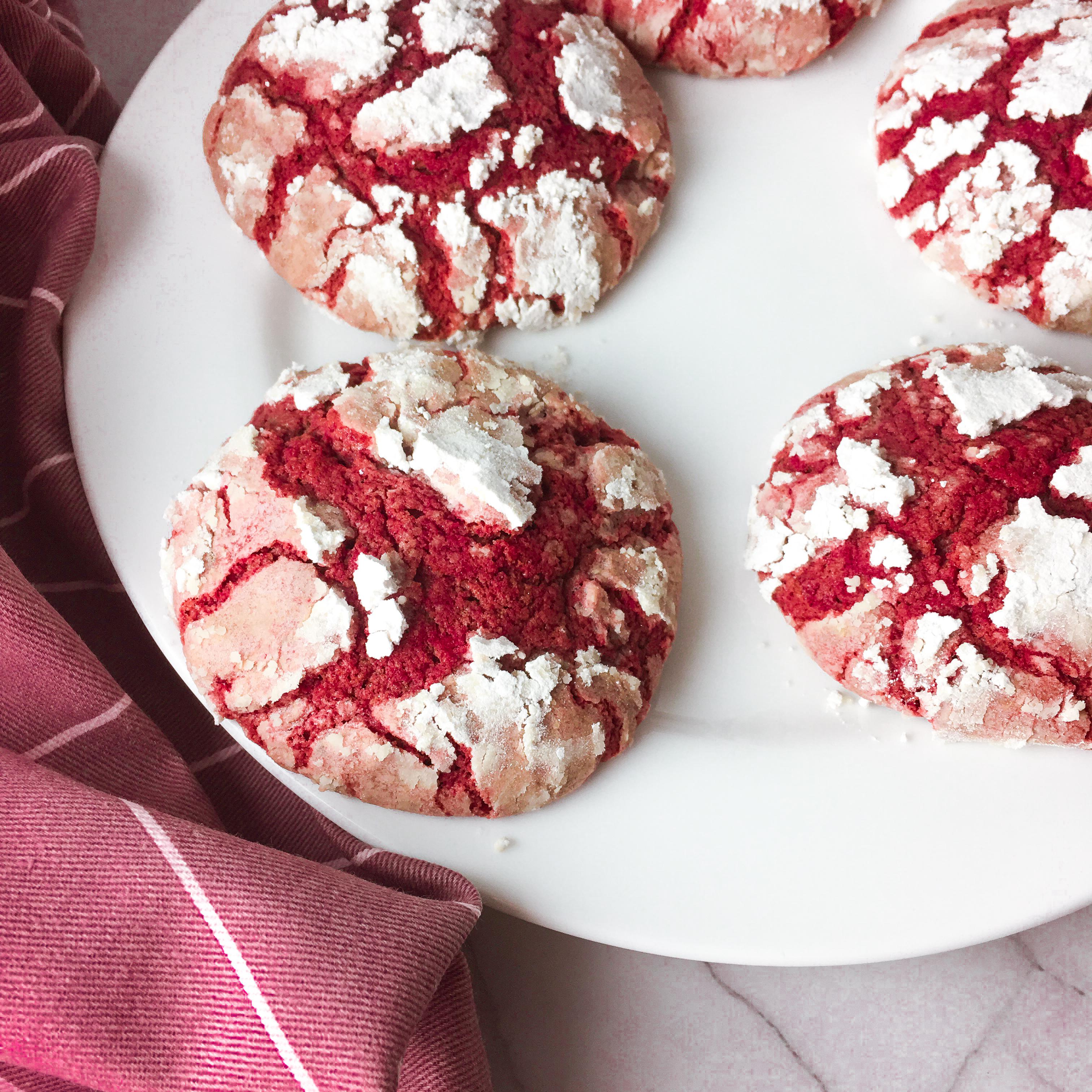 Red velvet crinkle cookies vegan red beet rote bete kekse